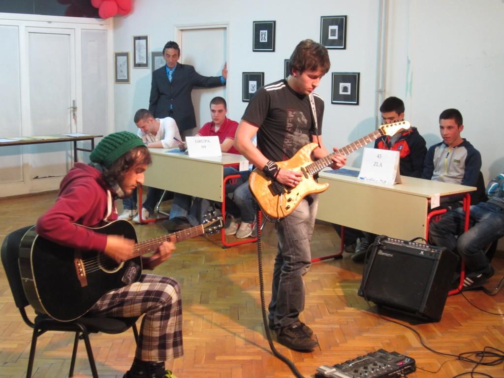 Dodo, Veco i gitare....